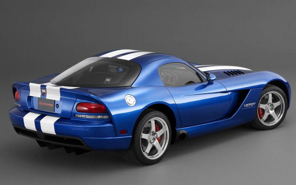 2006_dodge_viper_srt10_coupe_2.jpg